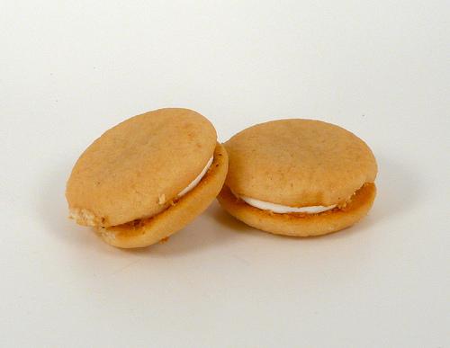 Golden Oreo Cakesters